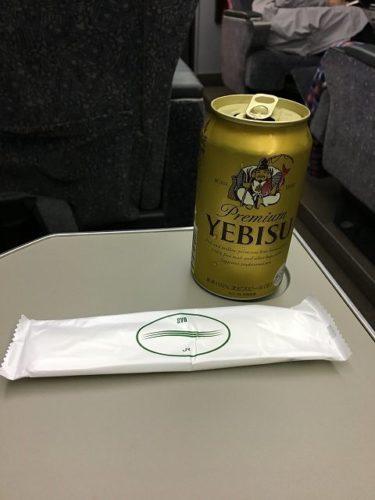 スーパービュー踊り子号のグリーン車で飲むビールは最高!