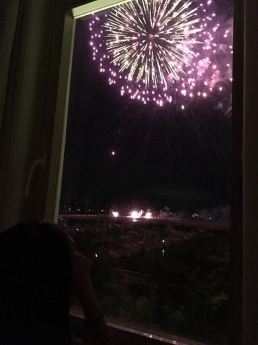 ホテルアムステルダム2階オーシャンビューの部屋から見た花火6